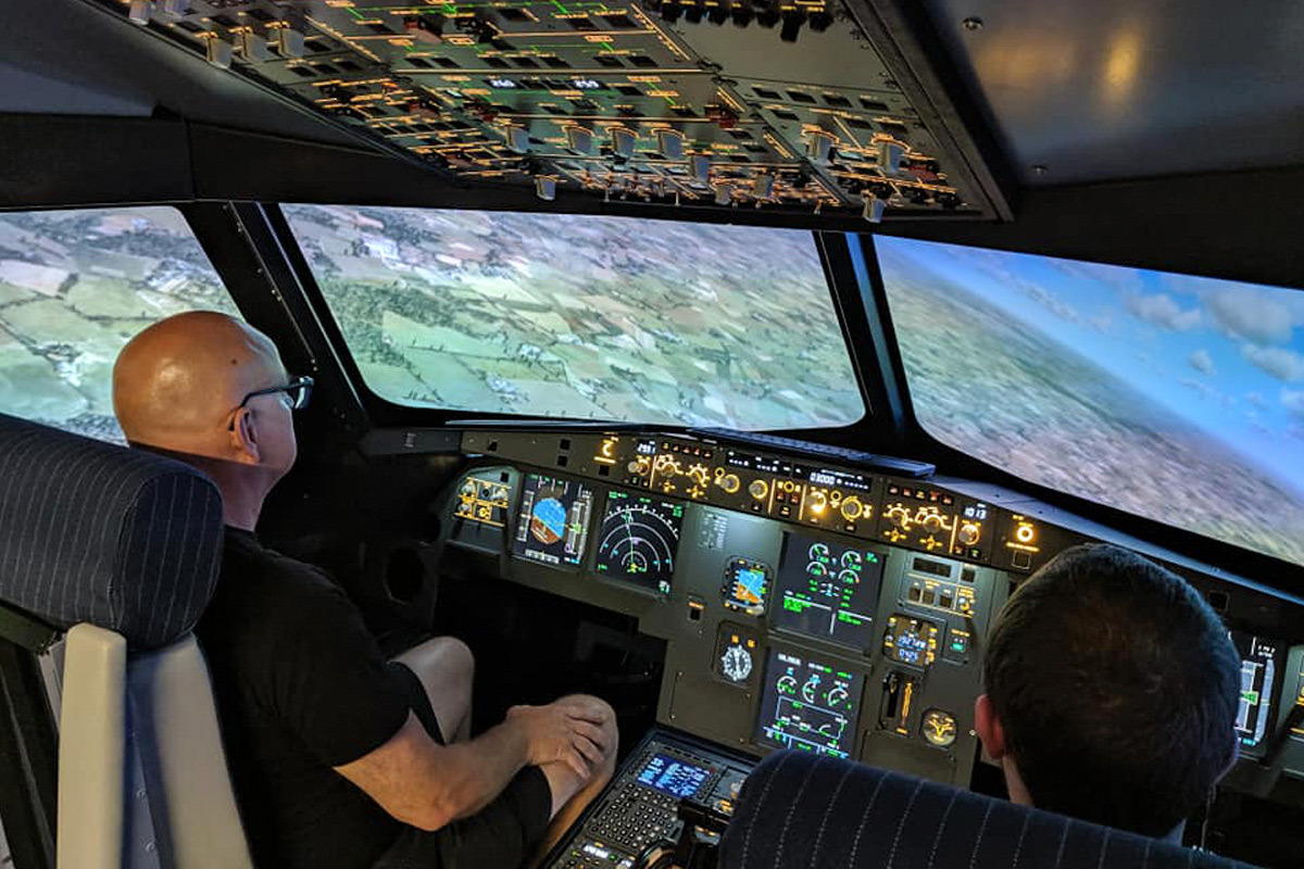 120 minute Airbus A320 Flight Simulator
