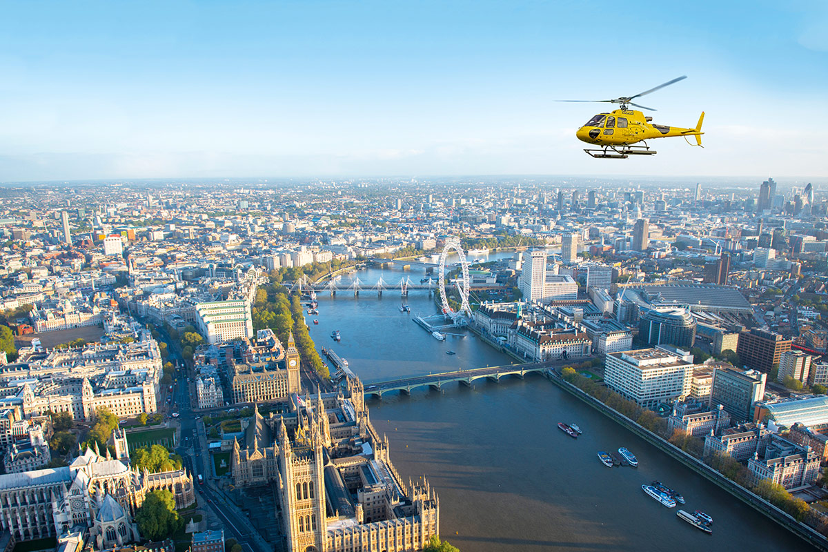 circle helicopter landing pad with Helicopter Tour London For 2 on pointlighting further Air ambulance furthermore Helicopter Landing On Top Of Building Image 5767938 in addition Helicopter Landing Pad On Grass Image 6208901 in addition Very Busy Yet Some More.