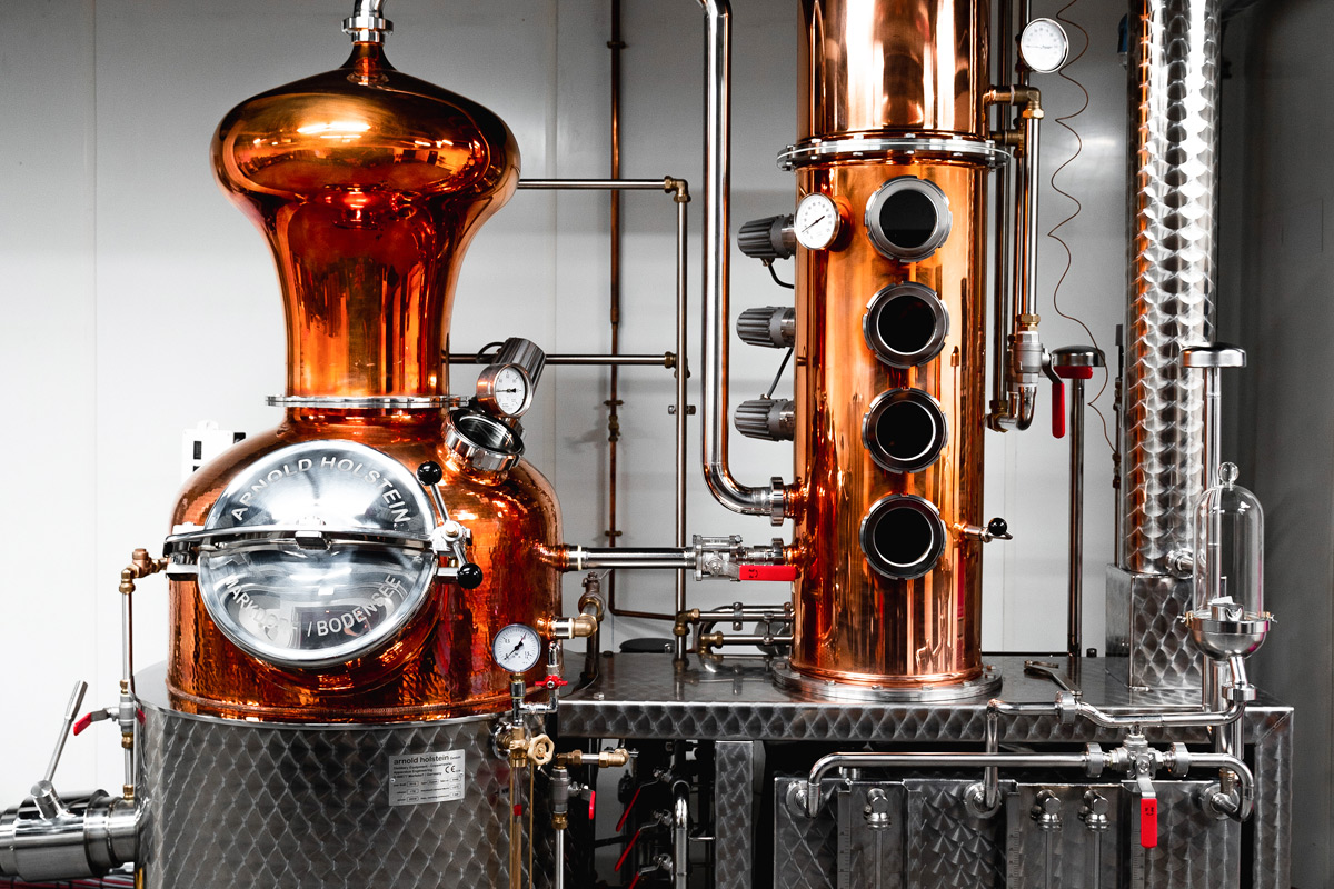 Discovery Tour with Tastings and Dinner for Two at 1881 Gin School and Distillery