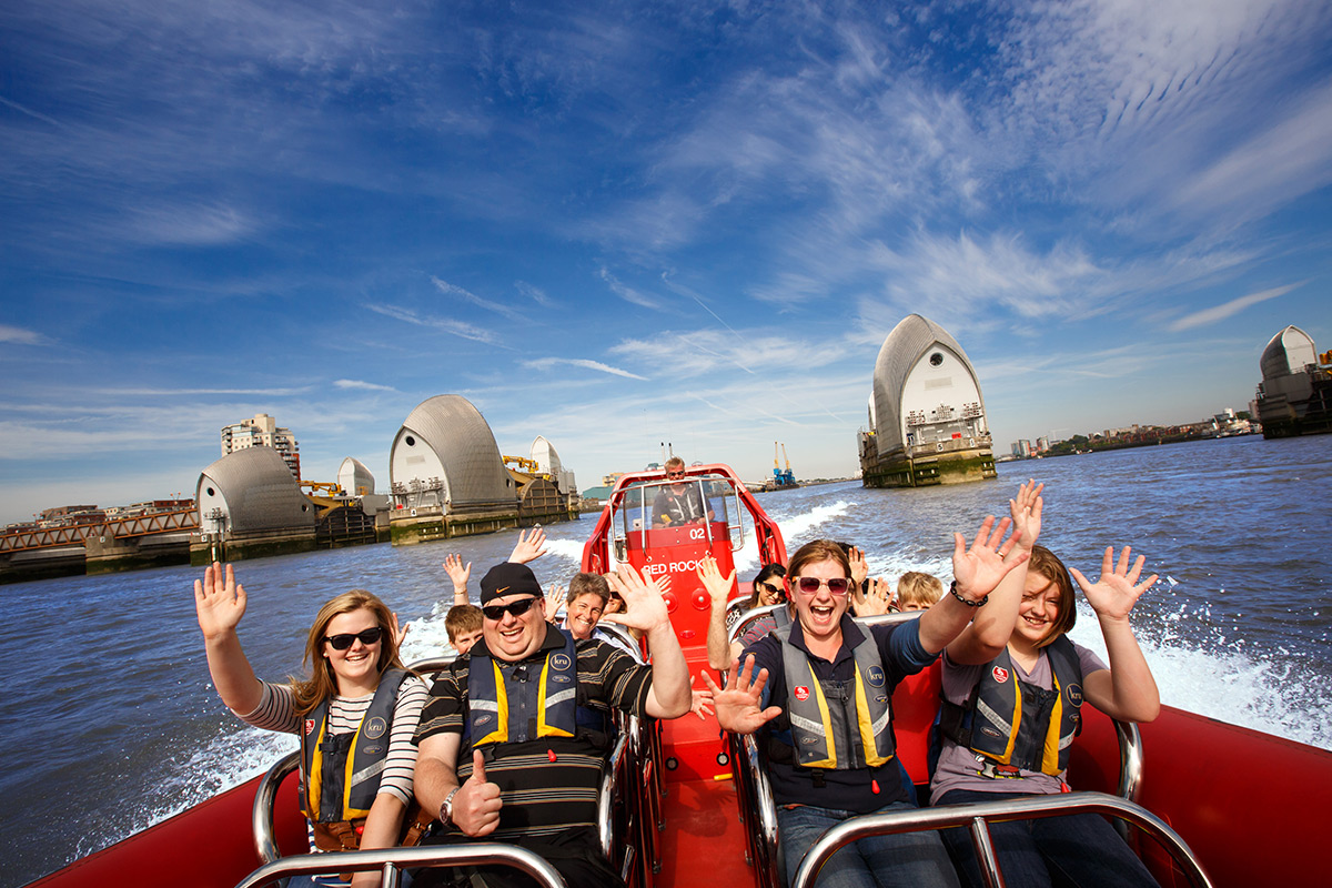 Thames Rockets Speed Boat Voyage for Two | lastminute.com