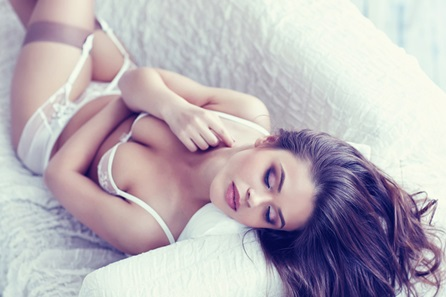 Makeover and Boudoir Photoshoot Session in London for One