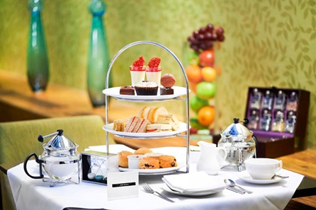 Cocktail Afternoon Tea for Two at the Hilton London Green Park