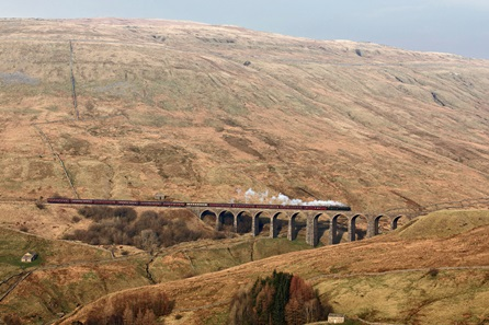 First Class Steam Train Experience for Two with The Steam Dream Rail Co
