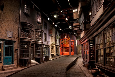 Warner Bros. Studio Tour London – The Making of Harry Potter and Lunch for Two