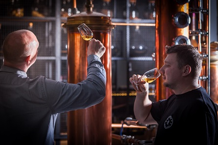 Whisky Connoisseur Experience with Tastings at Bimber Craft Distillery